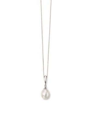 9ct white gold & freshwater pearl necklace
